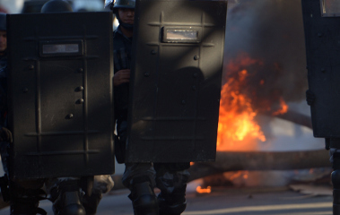 Violent protest rages outside Italy-Spain match