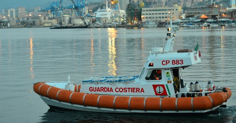 Italy intercepts Syrian refugees off Sicily