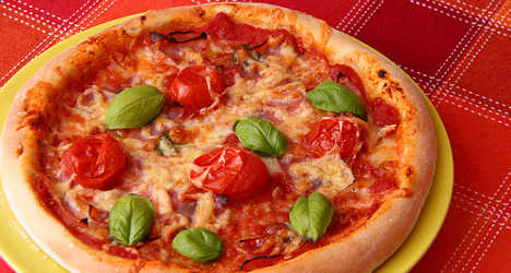 Thieves dope pizza for pension