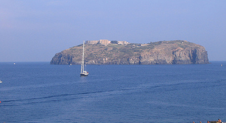 Italian 'unspoiled paradise' up for sale