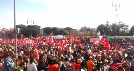 Thousands rally against austerity in Rome