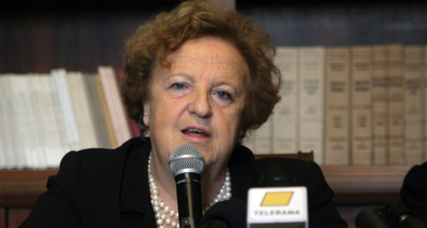 Italian minister rebuts power abuse claims