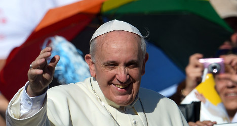 Pope Francis statue joins Rome wax museum