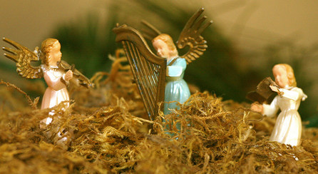 'Angels have no wings': Catholic 'angelologist'