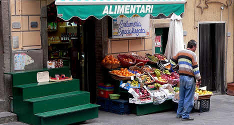 Italy's recovery remains elusive: economists