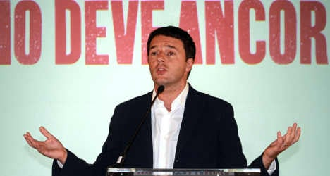 Renzi confirmed as Italy's new centre-left leader