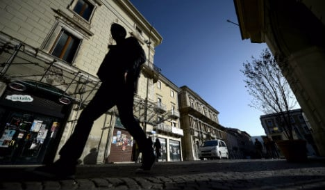 Mayor of Italy earthquake town quits over graft