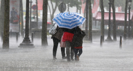 Storms set to blight holiday weekend