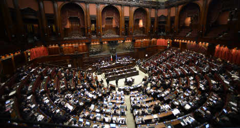 Italy rejects quotas for women politicians