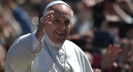 Pope in trouble over 'personal' phone calls