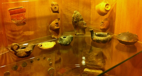 Italy's looted treasures found in Rome 'museum'