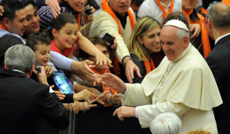 Pope heads to Middle East with hope for Christian unity