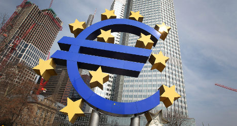 Support for EU plummets in Italy - survey