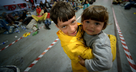 'Italy abandons refugees without food': UN