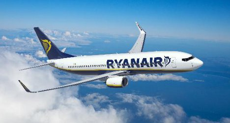 Ryanair probe after jet rolls into airport building