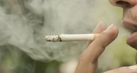 Italian family gets €1m over smoker's death