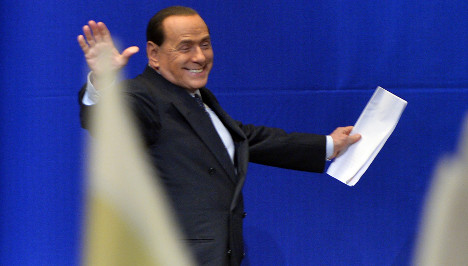 Berlusconi tries to revive flagging political career