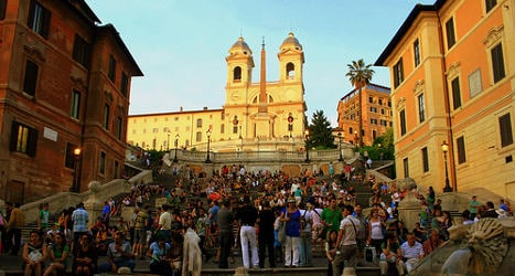 Rome's Spanish Steps closed to traffic