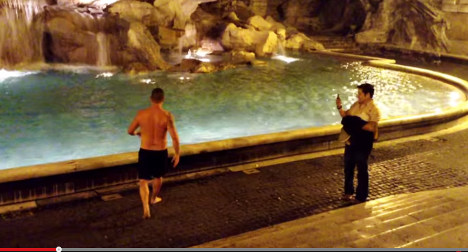 Ten stupid things tourists have done in Italy