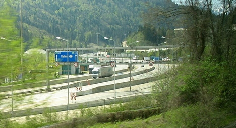 72 'refugees' caught at Italy-Austria border