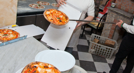 Chef job in Germany gets 800 Italian applications