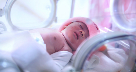 Medics fight to save baby in dead mother's womb