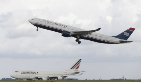 US plane makes emergency stop in Italy
