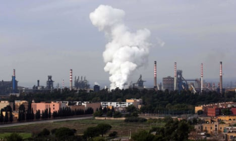 Italy to nationalize troubled steel plant