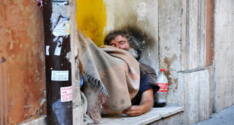 Appeal for homeless as Rome cold snap bites