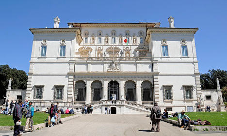 Italy in global search for museum directors