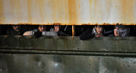 Ship of Syrians stopped en route to Italy
