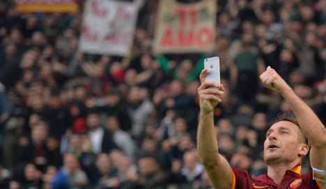 Row erupts over Totti's 'inappropriate selfie'