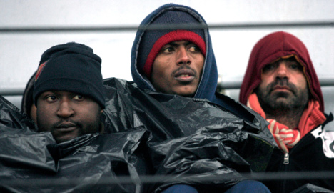 EU  to increase migrant aid to Italy