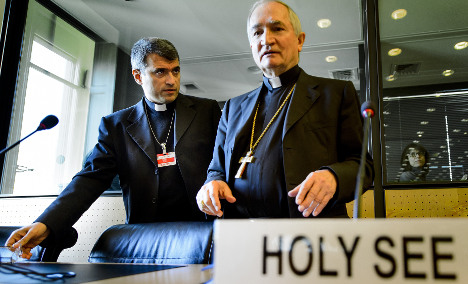 Vatican backs force to stop Isis 'genocide'