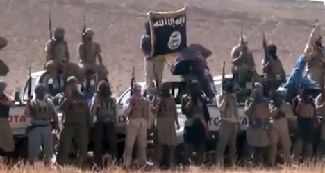 Italian pupils suspended for Isis beheading stunt