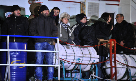 Relocate 24,000 refugees from Italy: EU