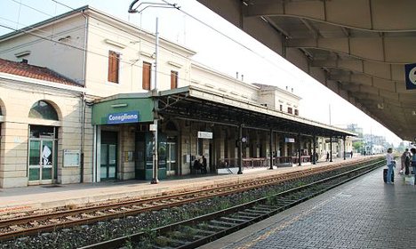 Italian Down's group 'too slow' to buy train tickets