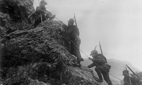 Skeleton of WWI soldier found in Italian Alps