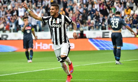 Juve sign Pereyra for €14 million