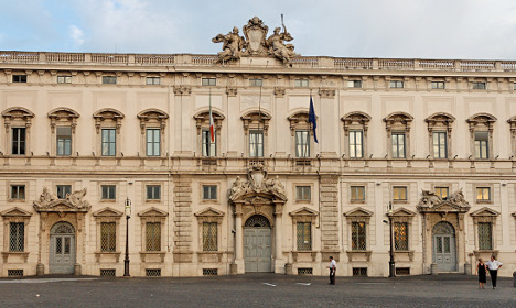 Italy public-sector wage freeze illegal: top court
