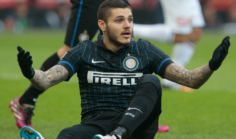 Mauro Icardi extends stay at Inter Milan