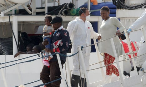 More than 1,200 migrants brought to Sicily