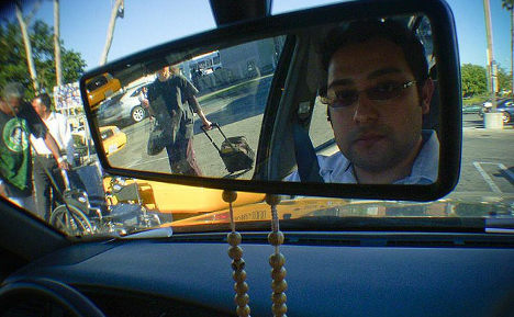 Selfie-loving drivers cause spike in accidents