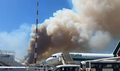 Flights resume at Rome airport after fire