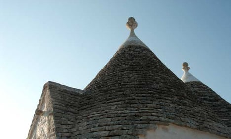 Woman in coma after lightning strikes trullo
