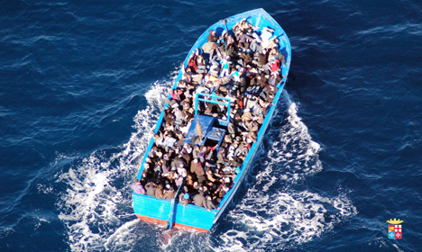 Italy rescues 4,400 migrants in one day