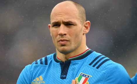 Italy's Parisse fights to be fit for World Cup