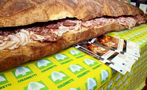 Italy quells cancer fears with giant ham sandwich