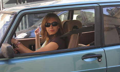 Italy bans smoking in cars carrying children