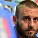 Roma's De Rossi fined for 'offensive' gesture